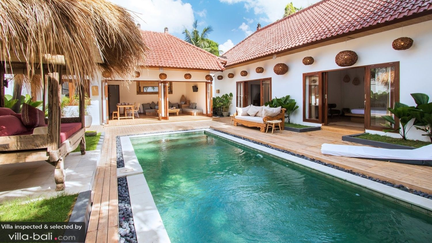 Rent Villa Makasih 2 Bedrooms From Us 245 Night Book Your Private Bali Villa Rental In Seminyak With Our Best Price Bali Style Home Bali House Villa Design
