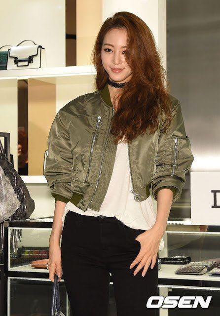 flight jacket tren in past fashion trends that are coming back. welcome 2016!! yippie..