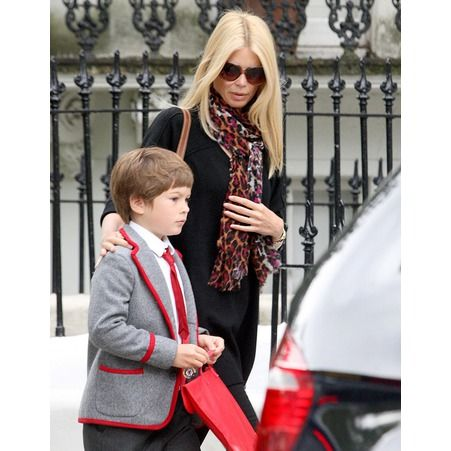 caspar le fils de claudia schiffer mothers and sons pinterest fils. Black Bedroom Furniture Sets. Home Design Ideas