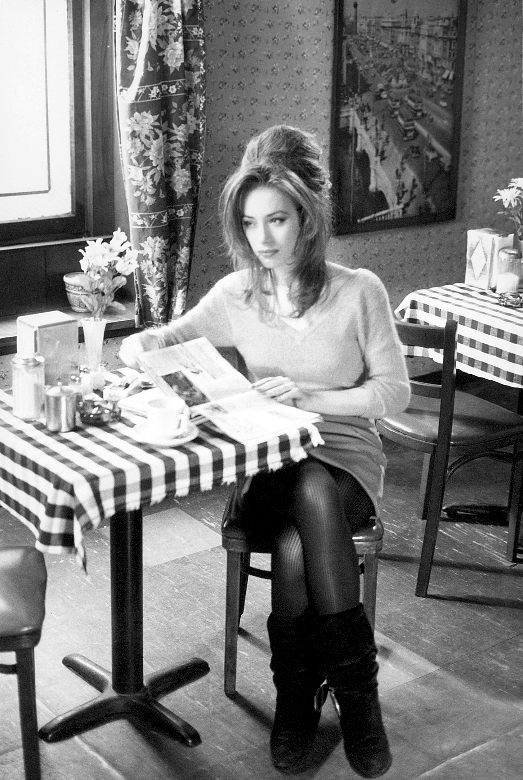Renee French One Of The Most Beautiful Actress Coffee And Cigarettes People Drinking Coffee Coffee Drinks