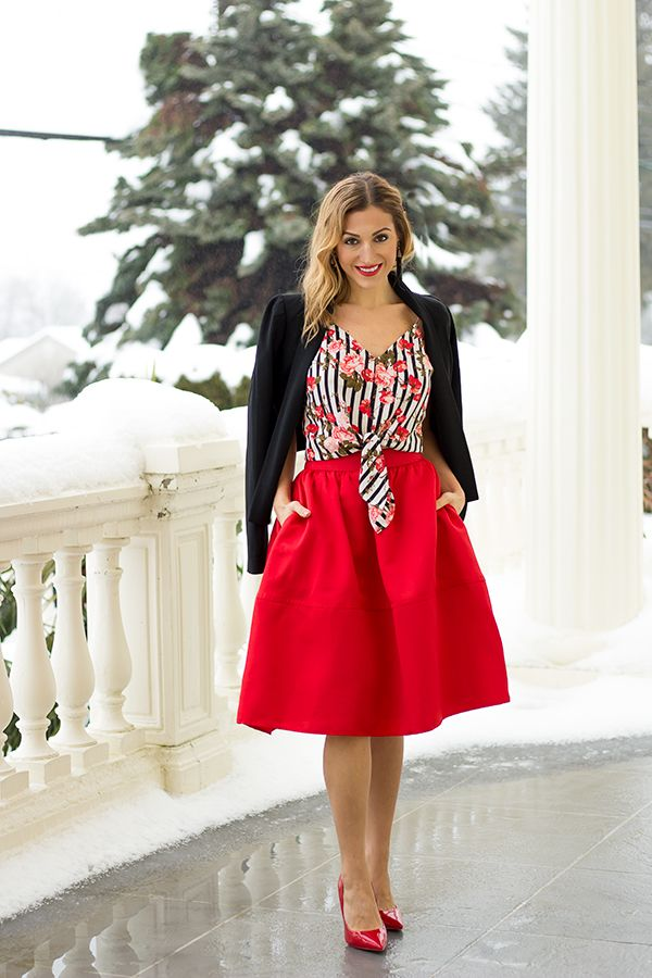 Featuring a red full skirt and the sweetest red pumps. http://finastyleblog.com/2017/02/valentines-outfits-part-2-red-full-skirt/