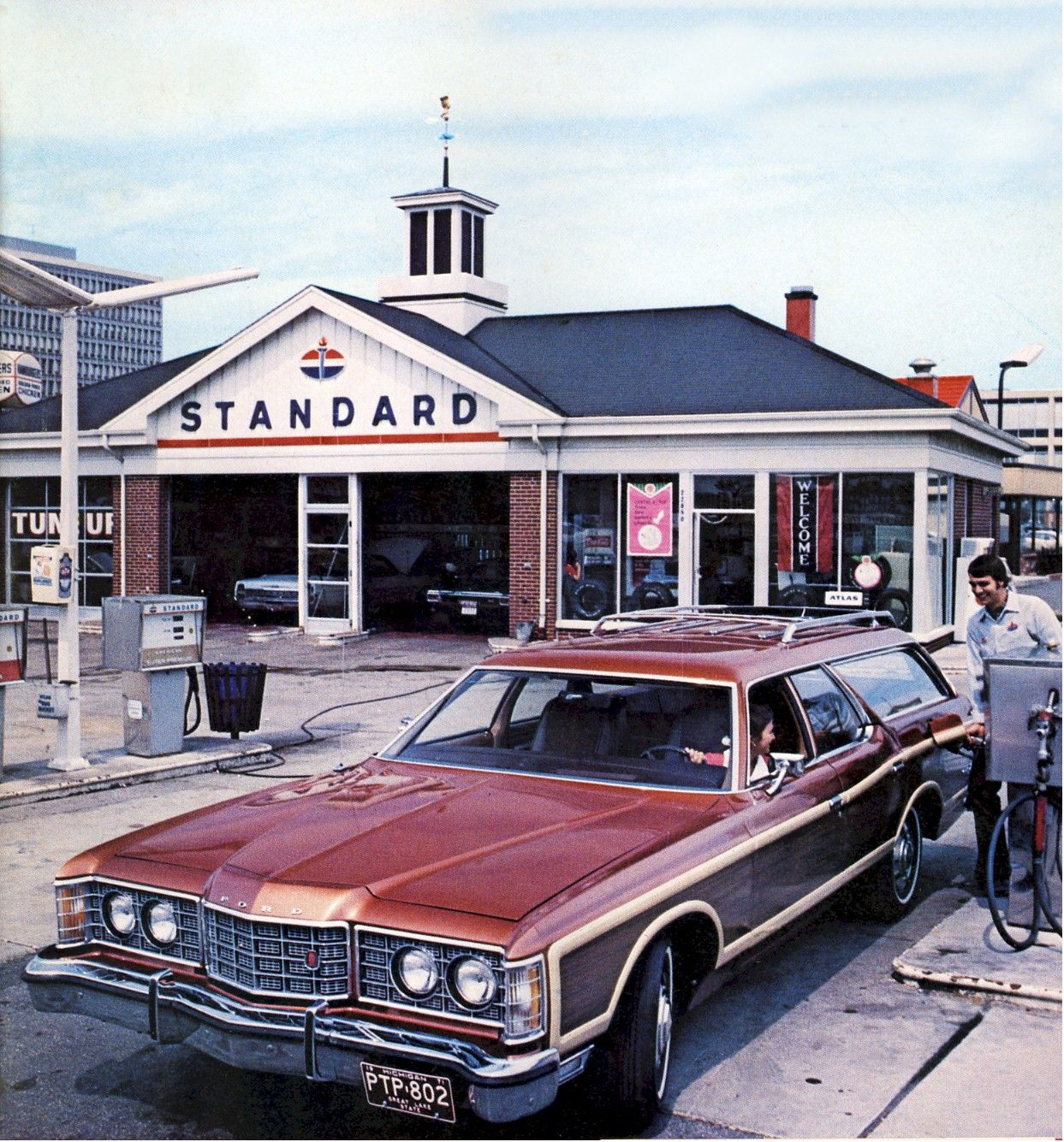 1971 standard oil michigan old gas stations gas