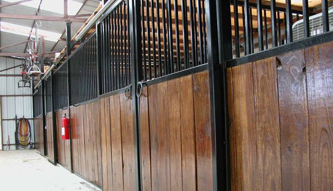 Metal Horse Stalls With Stained Wood Inserts Horse Barns Metal