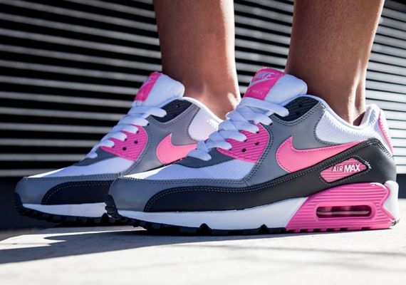 pink black and white nike air max 90