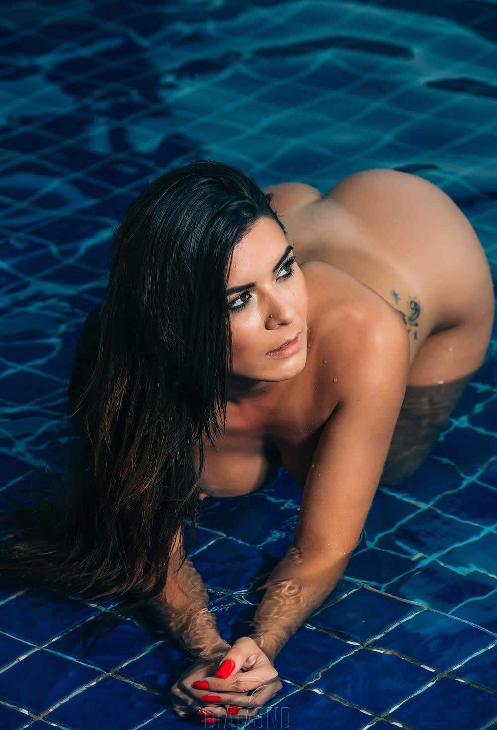 brazil-nudist-girl