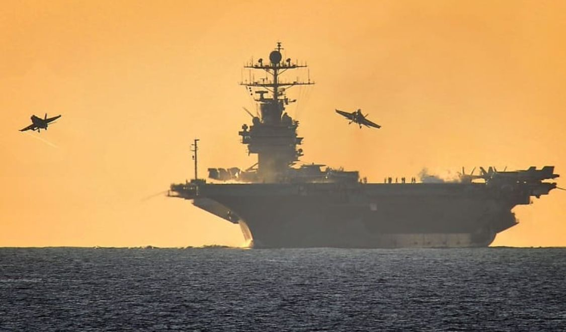 Pin By Paul Young On Aircraft Carriers In 2020 Aircraft Carrier Navy Ships Navy Day