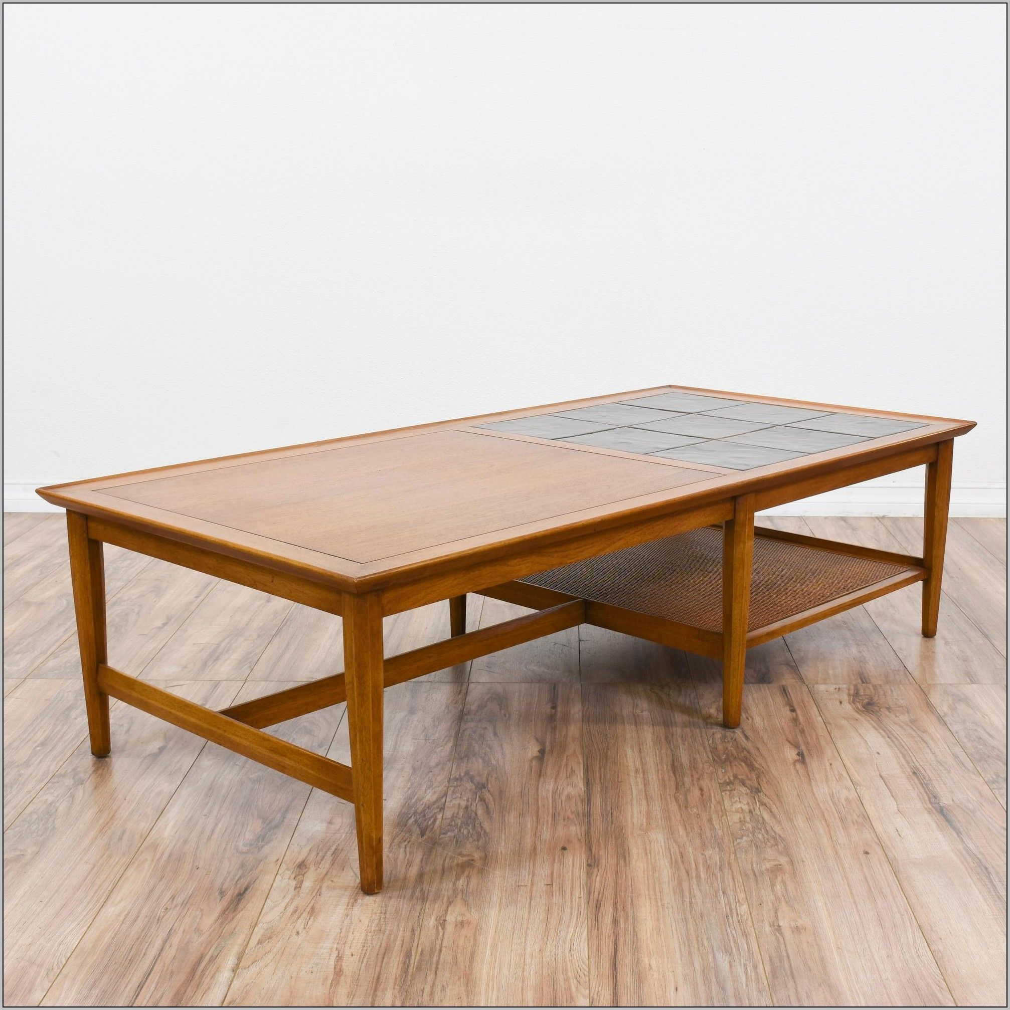 Drexel Heritage Oval Coffee Table