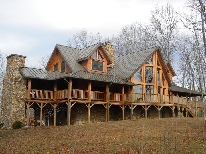 Log home with prowl front and wrap around porch favorite for Log homes with wrap around porch