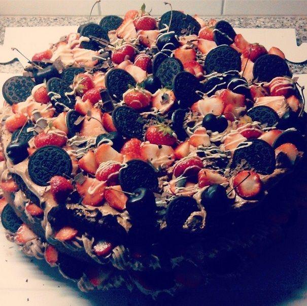 Oreo-strawberry-cherry-chocolate
