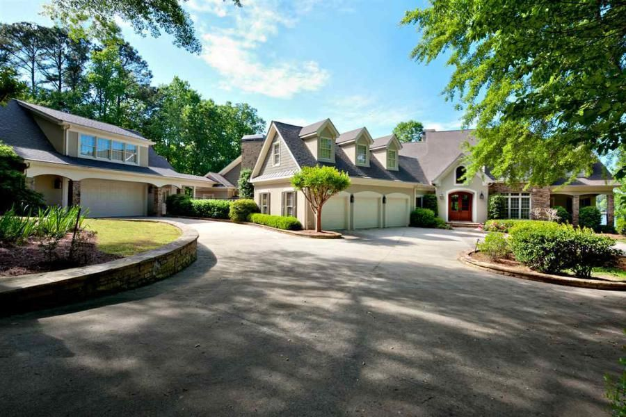 lake homes for sale in hall county ga