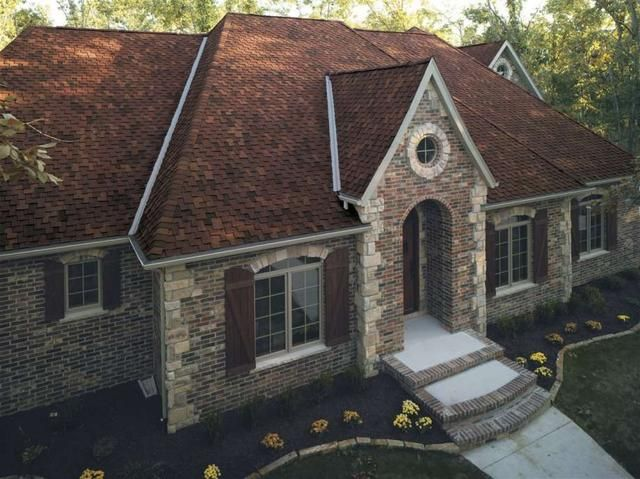 Best 3 Reasons Fall Is A Great Time For Roofing House Styles 640 x 480
