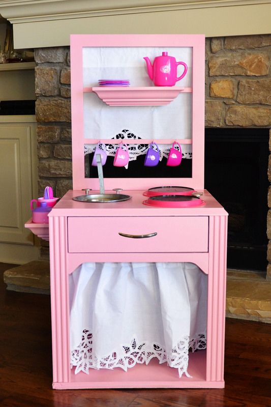 build your own kitchen ....soo smart! Used an end table and ...