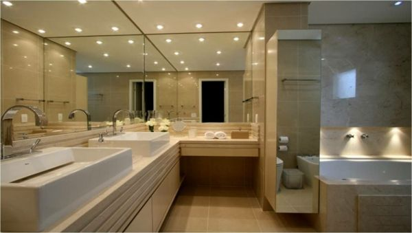 Deckenbeleuchtung Badezimmer ~ Badezimmer beleuchtung decke. pur weißes bad mit glasdische und