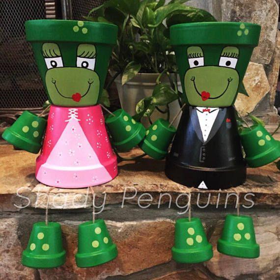 12″ Frog Princess Flower Pot People/ flower pot/ indoor decor/ outdoor decor/ garden statue/ birthday gift/ fall decor