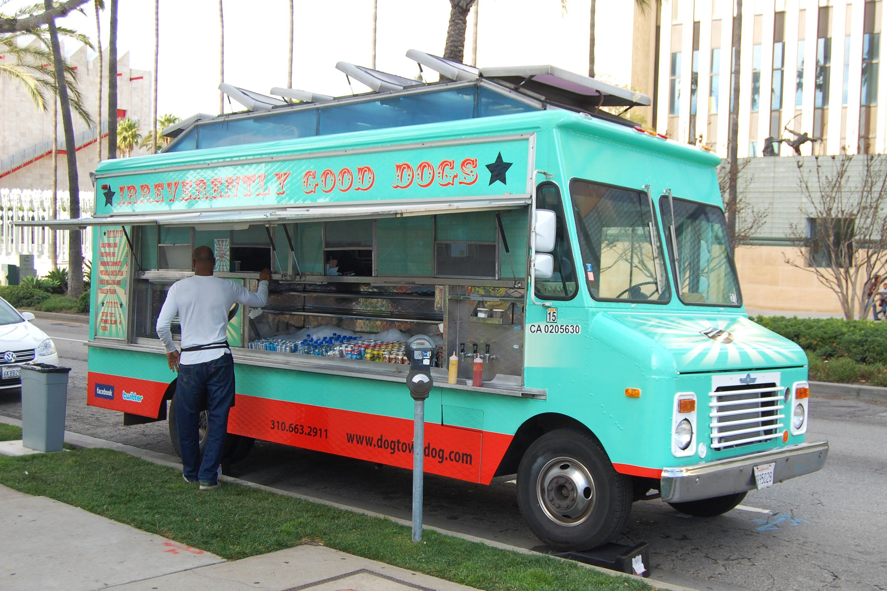 How Much Does A Food Truck Cost  Food Truck Gourmet Cupcakes