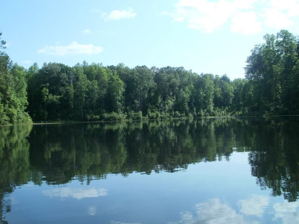 Kayak From Walnut Creek Park In Albemarle County Virginia Near Charlottesville Albemarle County Kayaking Albemarle