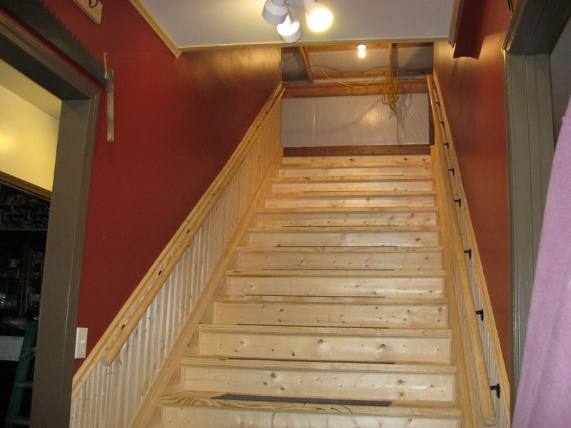 Best Wood Finished Stair Stringers By Fast Prefab Wood Stairs 400 x 300