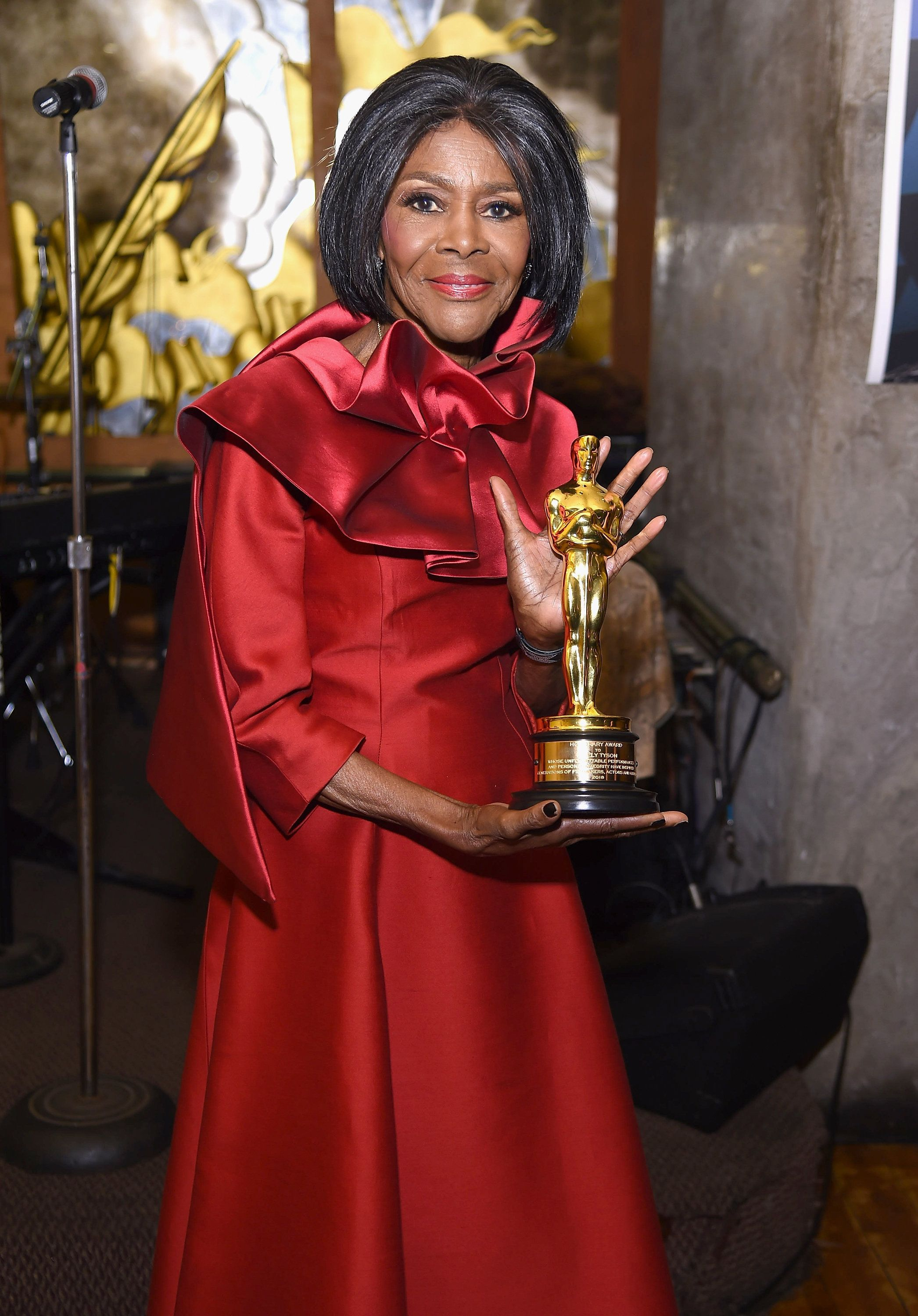 Cicely Tyson S 94th Birthday Is Celebrated On Twitter Female