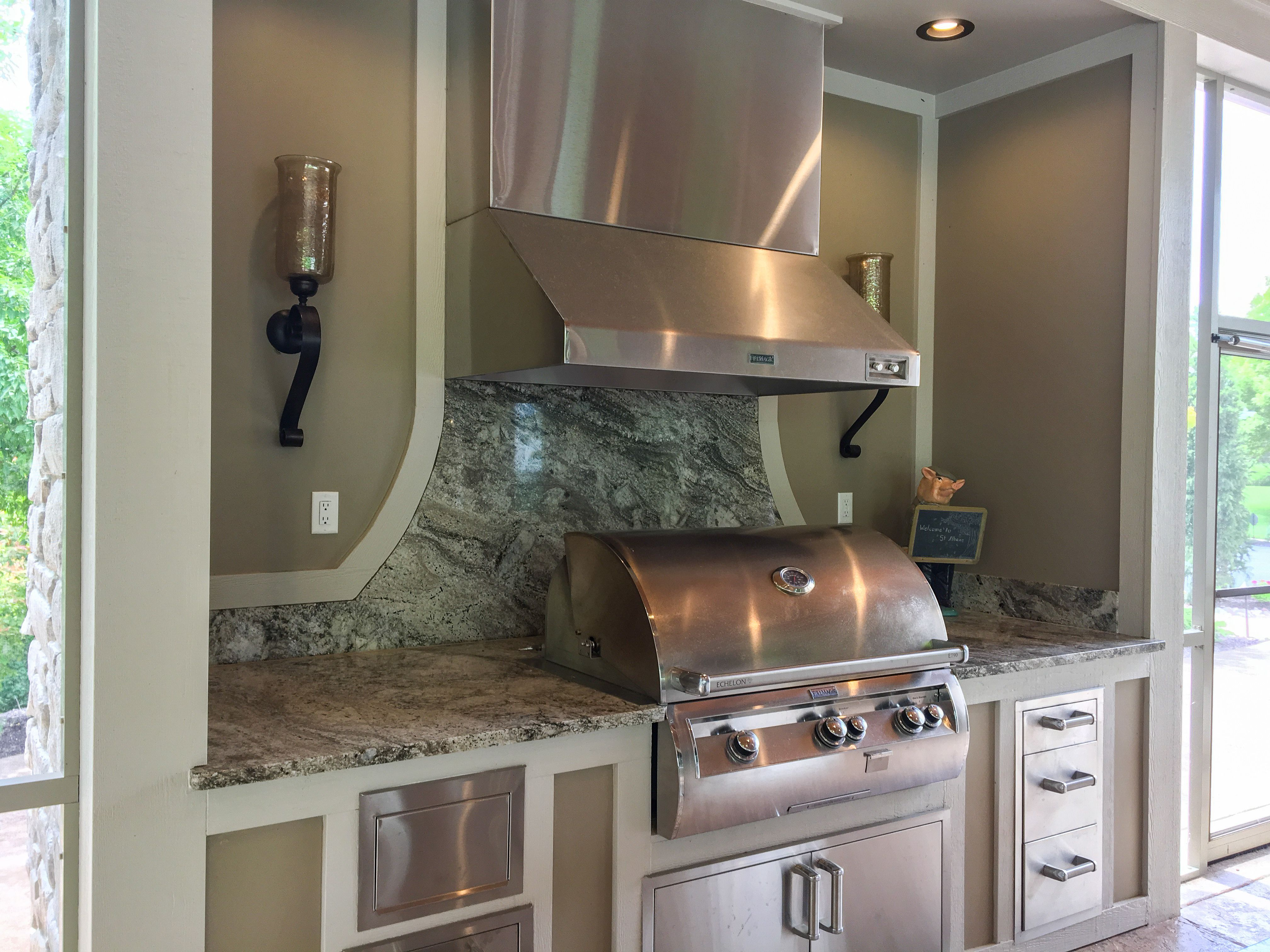 Beautiful Built In Grill In Outdoor Room Located In St Louis Missouri Custom Room Outdoor Kitchen Outdoor Kit Outdoor Rooms Outdoor Kitchen Built In Grill