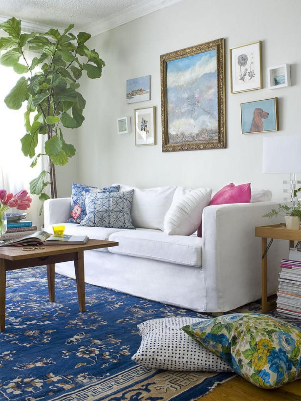 Blue Eclectic Living Room With White Elegance Sofa And Interior Tree ...