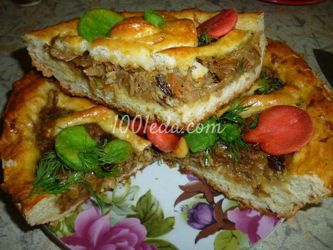 Пирог с капустой, яблоком и изюмом: рецепт с пошаговым ...