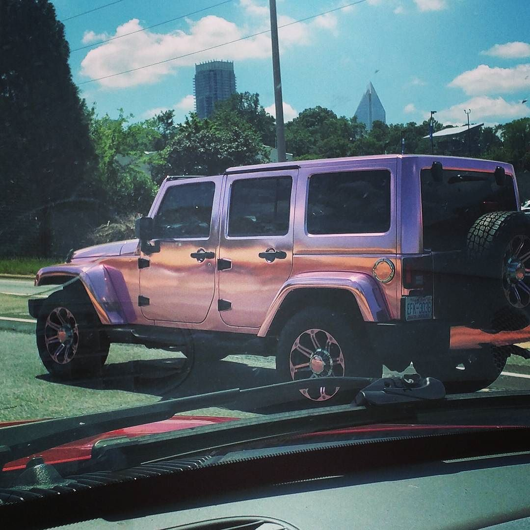 Omfglob This Badass Gal And Her Space Pink Jeep Need To Be In A