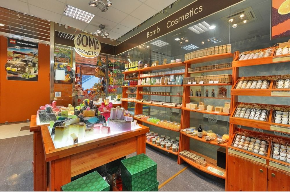 Bomb Cosmetics store   Bath and Body   Pinterest