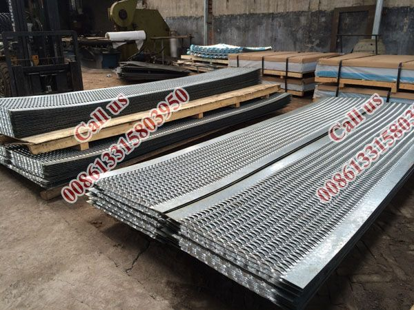Best 24Inch Width Galvanized Grip Strut Perforated Gratings For 400 x 300