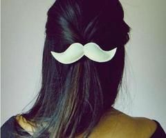 LOOOOVE the hairclip