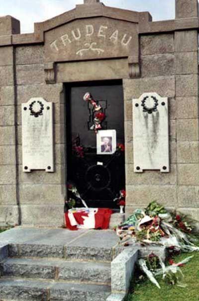 Pierre Elliot Trudeau, 15th Canadian Prime Minister - 19191018-20000928, Saint-Remi, Quebec