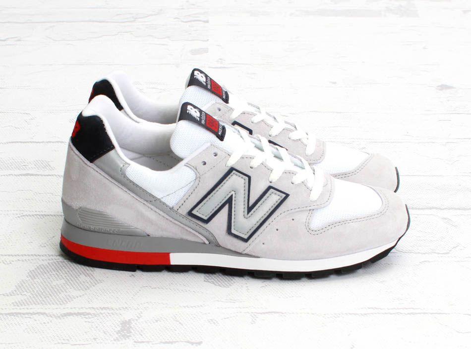 New Balance 996 Light Grey
