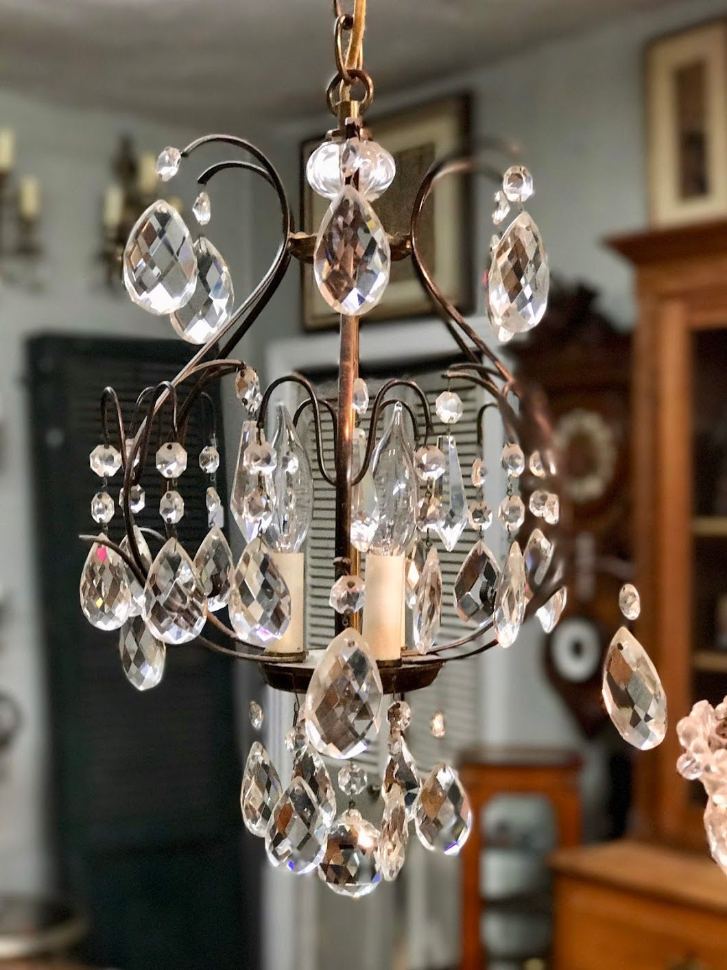 Petite crystal chandelier 325 country garden antiques 147 parkhouse petite crystal chandelier 325 country garden antiques 147 parkhouse dallas tx 75207 aloadofball Image collections