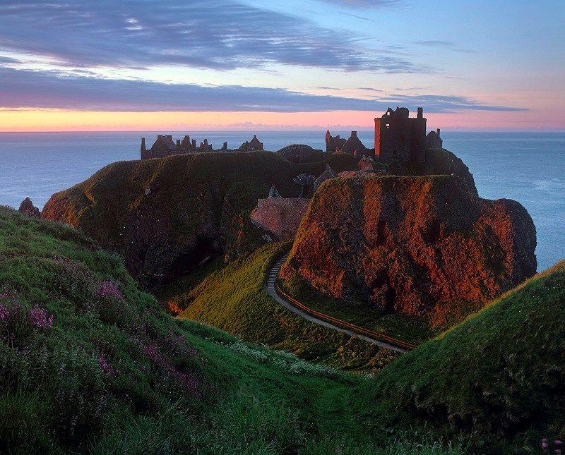 Dunoltar Castle at Stonehaven, Scotland