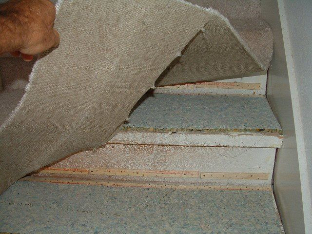 1 Removing The Carpet So Laminate Flooring Can Be Installed On