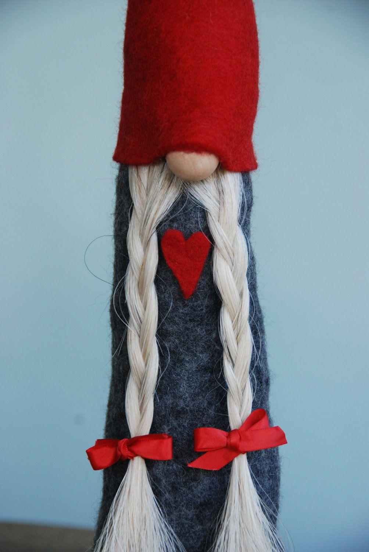 gnome a scandinavian tomte handmade in all natural materials lutins no l scandinave et. Black Bedroom Furniture Sets. Home Design Ideas