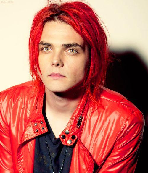 Gerard Way Beautiful Just Beautiful A Musing Thought Gerard Way Red Hair Gerard Way My Chemical Romance
