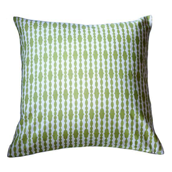 Raindrops Split Pea Pillow