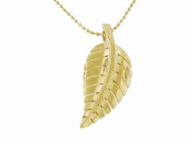 Small Leaf Pendant - Yellow Gold