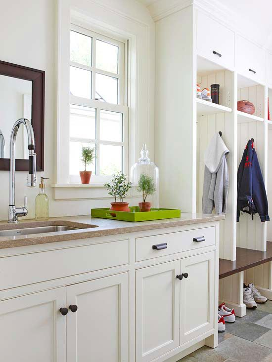 Fresh Ideas For Foyers And Entries Entry Tables Kitchen Cabinetry Mudroom