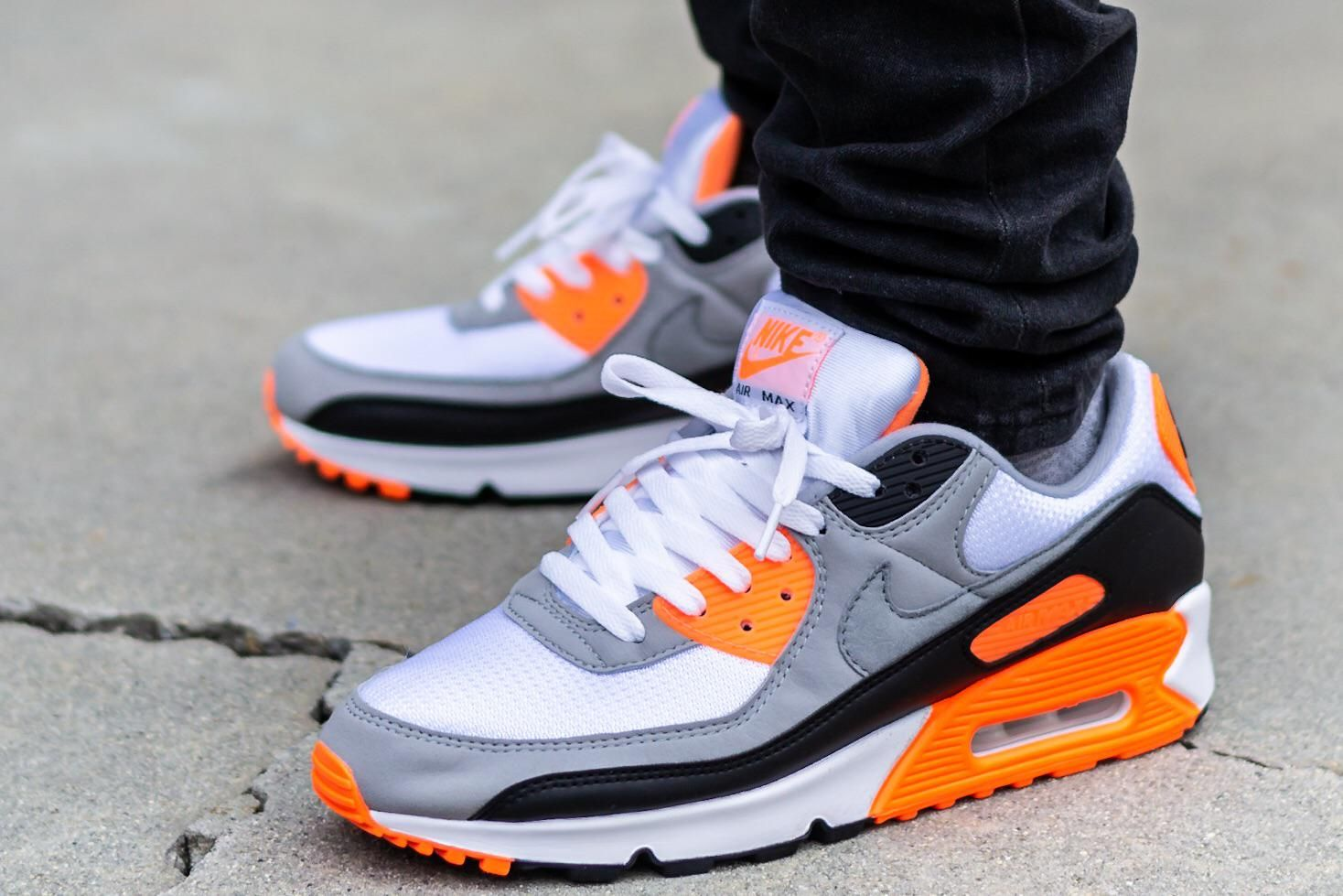 Air max 90 total orange #sneakers #sneakersfashion #sneakersoutfit ...