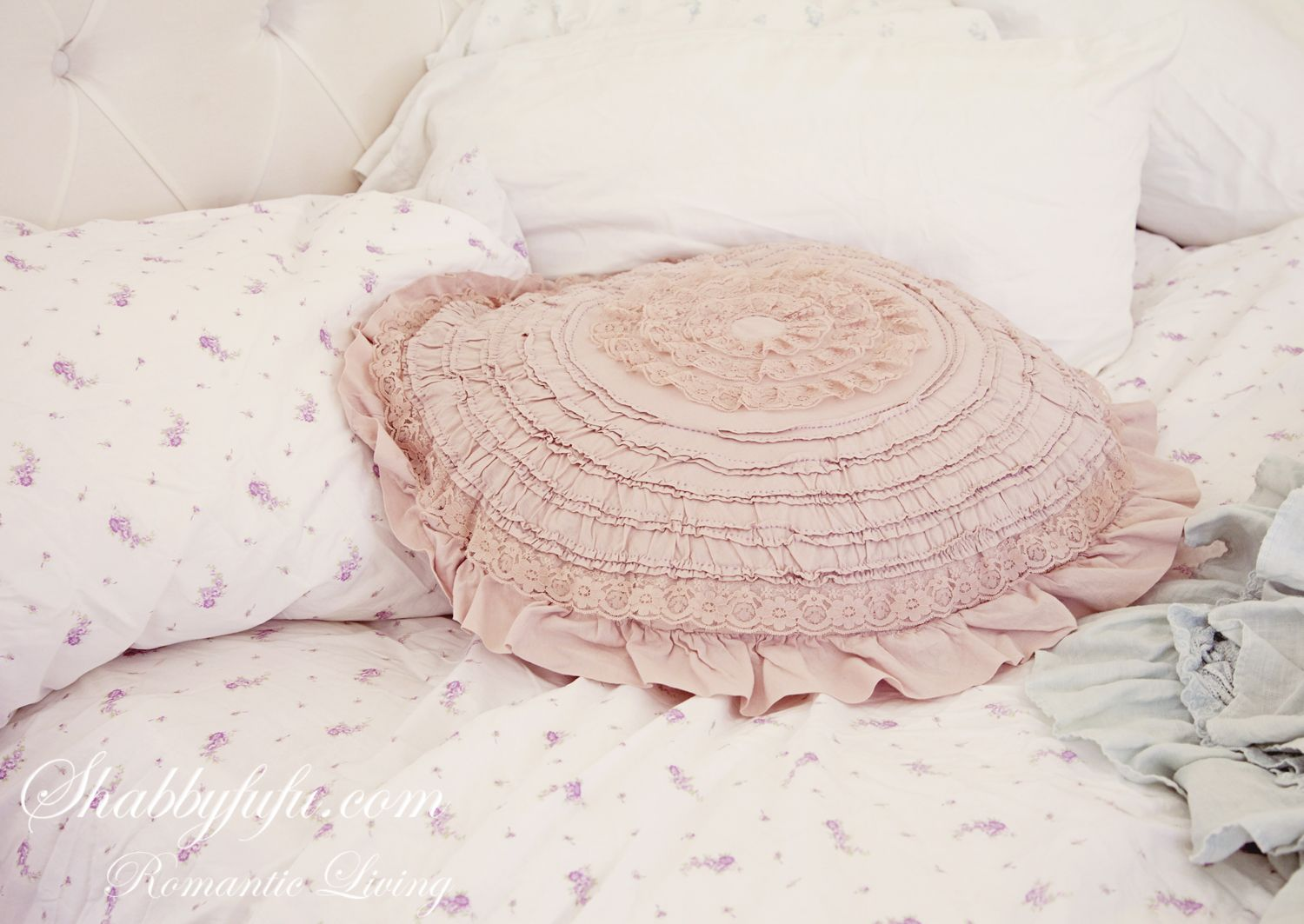 Shabby Chic pillow and linens