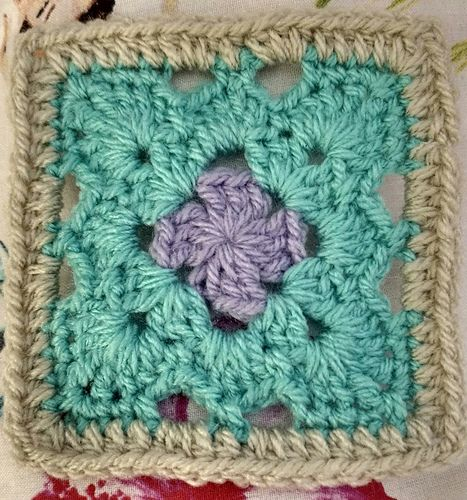 Ravelry Courtyard Petals Granny Square Pattern By Kathryn Cottam