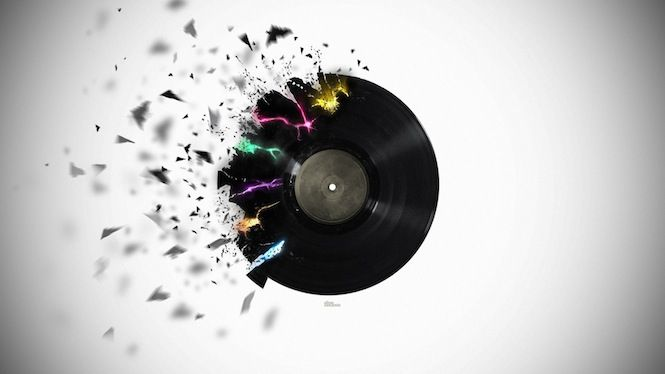 Independent Record Stores Boast Massive 2000 Vinyl Sales Jump On Record Store Day The Vinyl Factory Music Wallpaper Music Record Dubstep