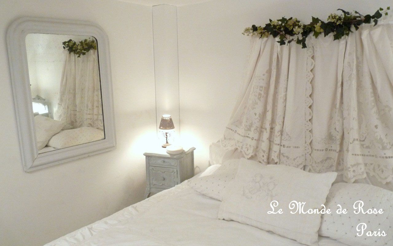 pingl par le monde de rose sur ciel de lits canopy bedroom et home bedroom. Black Bedroom Furniture Sets. Home Design Ideas