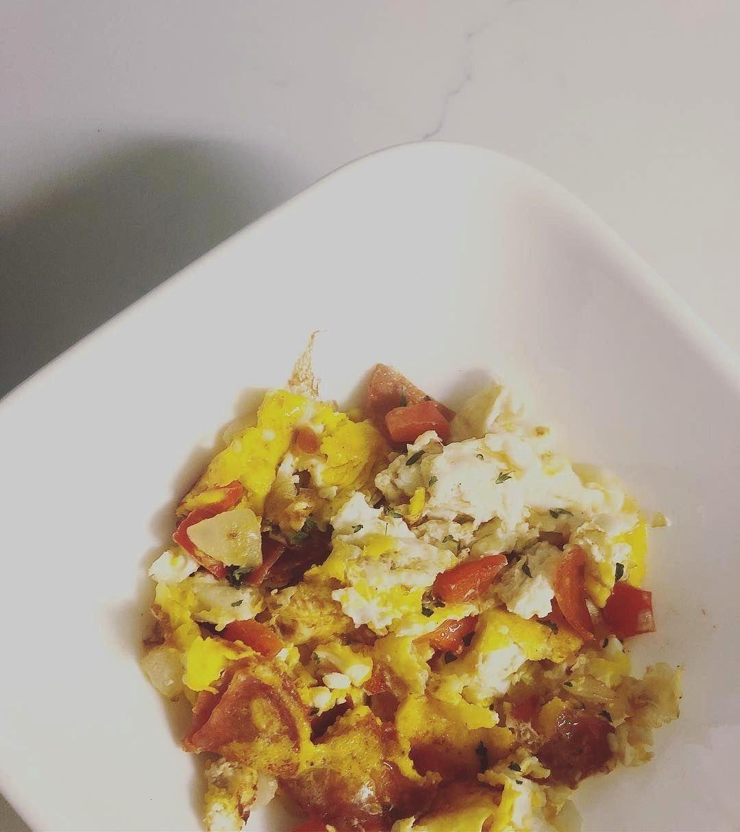 #lunchrecipesweekend #fitgirlsguide #positivevibes #healthyliving #goodmorning #amazoncom #pepperoni...