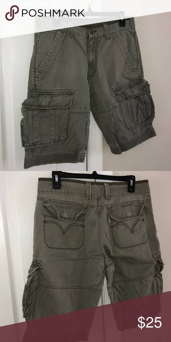 2cbc8e0239 Men's Vintage Style Levi Cargo Shorts 100% Cotton Made in Cambodia Size-30  Color-Olive Spring & Summer Wear Levi's Shorts Cargo