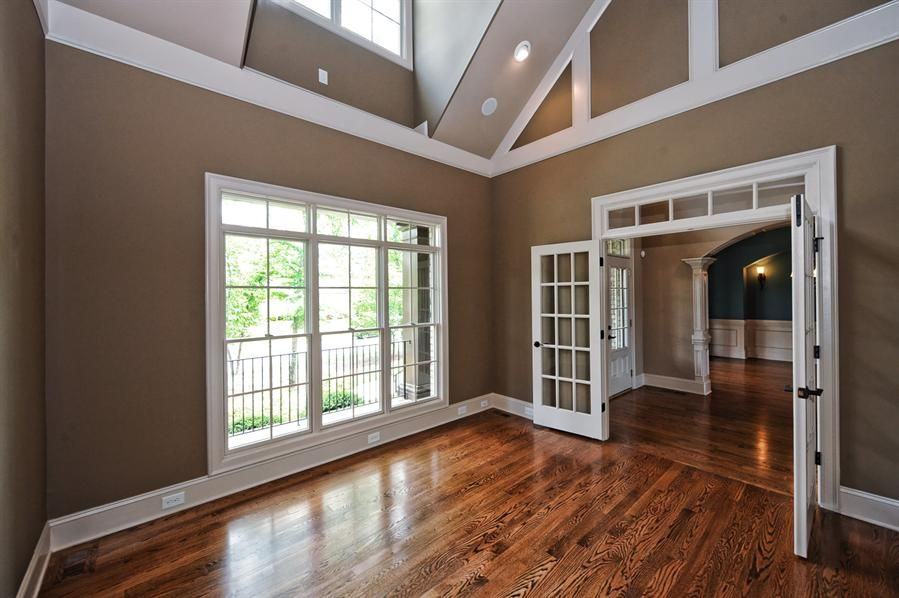 Molding On Vaulted Ceilings Google Search Exterior