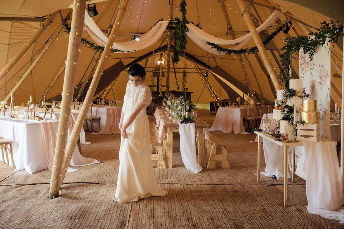 A Rustic And Romantic Themed Tipi Wedding With A Tuscan Twist At