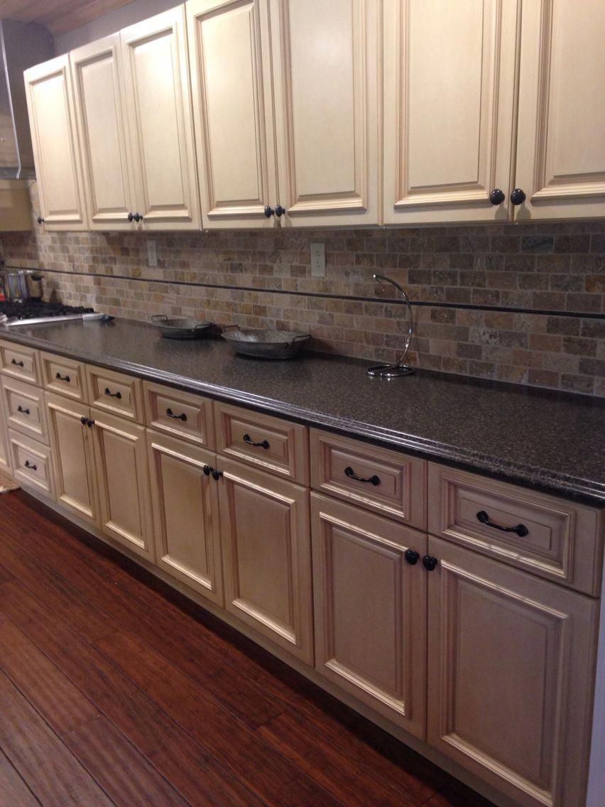 Cabinets Are Ghi Tuscany Maple Counter Top Color Is Labrador Granite Floor Is Fossilized Bamboo Color Antiqu Countertops Diy Countertops Kitchen Countertops