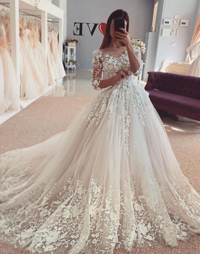 Schöne Hochzeitskleider mit Ärmel | Spitze Brautmoden ...